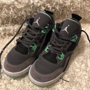 Kids Jordan's size 3